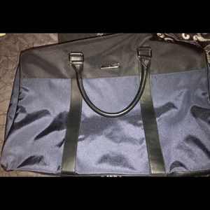 Michael Kors Duffle bag. Navy blue and black